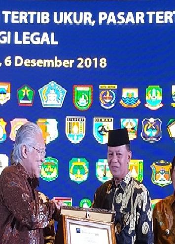 Tertib Alat Ukur, Pemko Tanjungpinang Terima Penghargaan