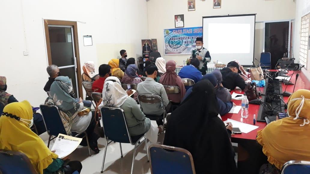 Disperdagin memfasilitasi sertifikat halal kepada 25 IKM Pangan Kota Tanjungpinang.